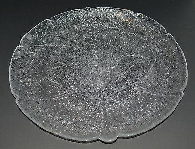 Arcoroc Aspen Leaf clear glass Round Platter - 11 1/4 inches - 2 available
