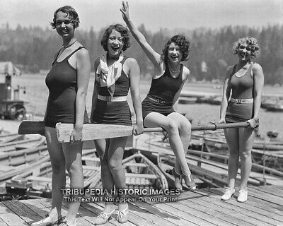 1929 Bathing Beauties Vintage Photo - Four Beautiful Swimsuit Flapper Girls 8x10