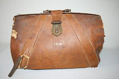 ANTIQUE THYSICIAN'S DOCTOR BAG BROWN LEATHER DESTRESSED VTG  /w Contents