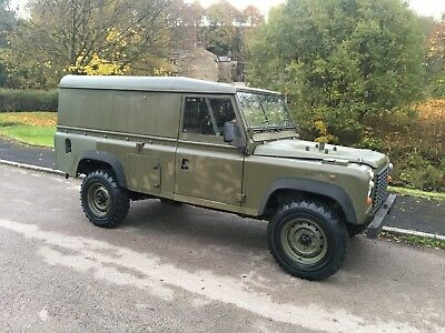 Land Rover Defender Ex-Army 110 Hard Top 2.5 N/A