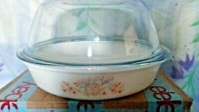 Pyrex Blue Iris Chicken Roaster complete with Glass Dome
