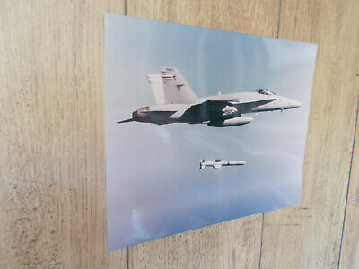 Photo Aviation-MCDONNELL F18 HORNET-Collection