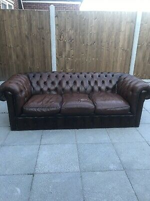 Fashionable Distressed Brown leather Chesterfield buttoned 3 seater sofa settee