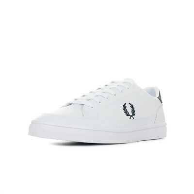 6e28f4d4253c6d Chaussures Baskets Fred Perry homme Deuce Leather taille Blanc Blanche Cuir