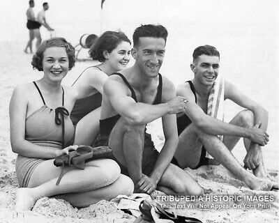 1930 Vintage 8x10 Photo * Busty Girl & Friends in Bathing Suits at the Beach #2