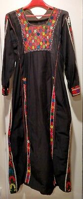 VINTAGE Beautiful hand-embroidered Egyptian Bedouin Dress Black/multicolor M - L