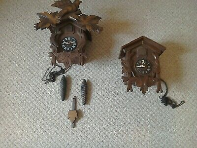 working Vintage cuckoo clock & 1 other for spares / repair.