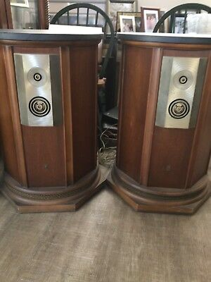 EMPIRE ROYAL GRENADIER 9000 speakers in very good condition