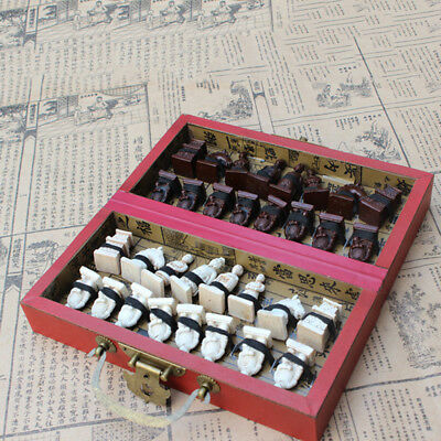 QA/_ CN/_ 32 Pieces Terracotta Warriors Soldier Figure Chess Set Folding Board G