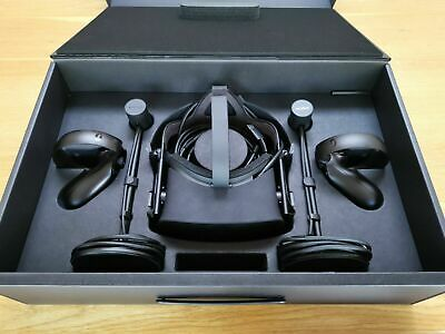 Oculus Rift CV1 Virtual Reality Headset - Excellent Condition.