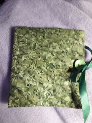 Quilted Handmade Needle Book RHS Green leaf Fabric wooden button
