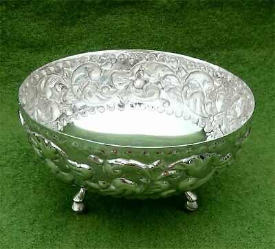 ATTRACTIVE SMALL RELIEF DECORATED NORWEGIAN 830 SILVER BOWL - 3.17 ozt
