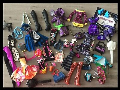 Monster High DOLL Replacement Clothing Shoes Accessories Hand & Arm Lot 45 Piece
