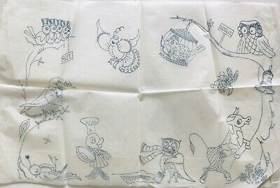 Large vintage animal trial iron on embroidery transfer (zbf)