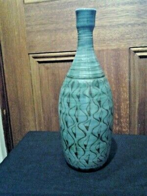 JANET GRAY STUDIO INCISED VASE c.1950 (JOHN BARNARD KNIGHT) AUSTRALIAN POTTERY.
