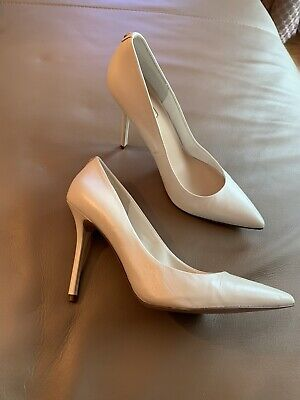693e785a77b1d GUESS PEEPTOES HIGH Heels Pumps Echt Leder Gr 37 beige - EUR 29,00 ...
