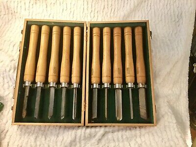 Vintage amt 10 piece wood gouges with wooden carving Tools With  case