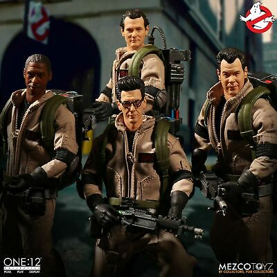 In STOCK Mezco One 12 Ghostbusters Deluxe Box Set Action Figure