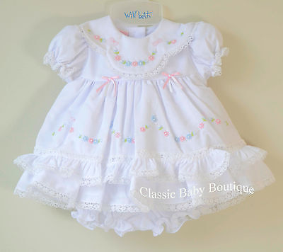 ab3aeb42d5bf NWT Will'beth White Color Heirloom Lace 2pc Dress Newborn Bloomers Girls  Frilly