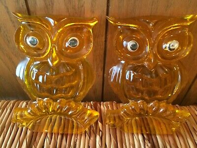 Vintage Lucite Acrylic Resin Owls Mod Retro Wall Plaques- Set of 2 Awesome!