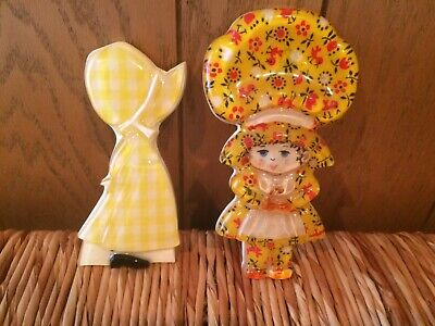 Vintage Lucite Acrylic Resin Dolls Mod Retro Wall Plaques- Lot of 2