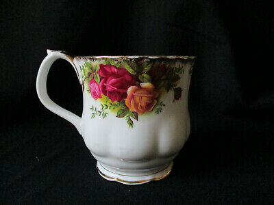 Royal Albert. Old Country Roses. Large Tea Cup. Made In England. Original Piece