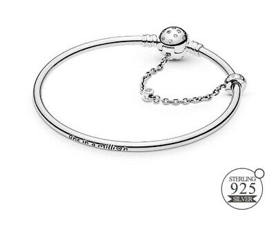 Sterling Silver Limited Edition Moments True Uniqueness Clasp Bangle Bracelet