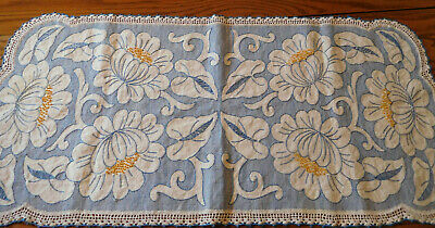Vintage embroidered stitched beautiful blue floral huck cloth dresser scarf