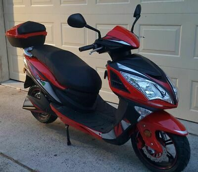 Electric Scooter/ motorcycles, TAILG8, 1 left, (motorcycle license required)