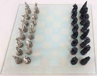 Pacific Trading Chess Vampires vs. Werewolves Chess Set Box NM-