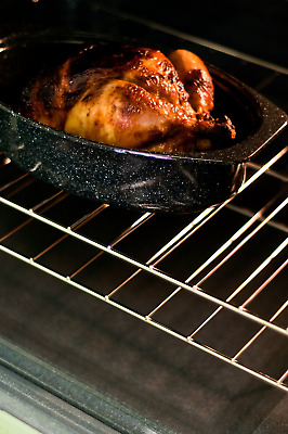 Granite Ware Covered Oval Roaster 13 inches