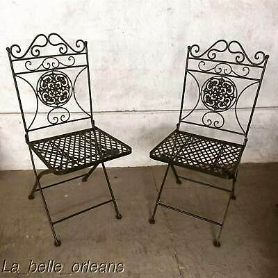 A GOOD PAIR OF VINTAGE WROUGTH IRON GARDEN / PATIO FOLDING CHAIRS. L@@k!!