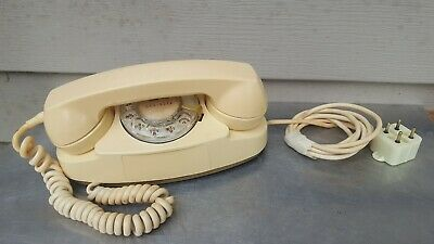 Vintage Western Electric Princess Rotary Dial Telephone 11-70 #702B Untested