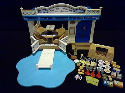 Huge Lot Calico Critters Seaside Restaurant Toy Playset Epoch Over 80 Pieces!