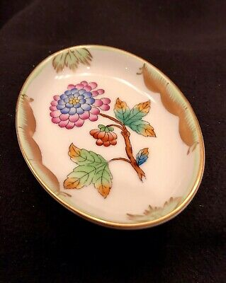 HEREND China QUEEN VICTORIA GREEN Vintage Porcelain PEONY BUTTER PAT TRAY Mint