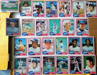 Topps 1981 Los Angeles Dodgers 25 card lot - Garvey/Lopes/Cey