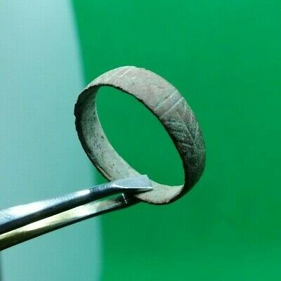 Superb Ancient Celtic Roman Decorated Bronze Ring W/ Glass Paste -  100/300 Ad