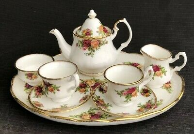 ROYAL ALBERT OLD COUNTRY COMPLETE MINIATURE TEA SET AND TRAY ALL 1st Quality