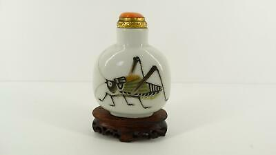 Rare Antique Imperial Chinese Porcelain Snuff Bottle~19TH~Qing~Katydid~Cricket