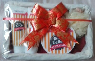 Perfect Pamper Collection Ladies Gift Set Spiced Orange  Body Wash Butter Scrub