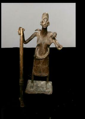 Old Tribal Bamum Bronze Maternity Figure    -  Cameroon BN 11