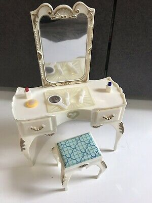 Vtg Marx Sindy Vanity w Bench and Accessories comb brush tray lot