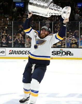 Ryan O'Reilly St.Louis Blues 2019 STANLEY CUP UNSIGNED 8x10 Photo