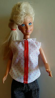 Barbie Twist and Turn 1975-1979 clothed Doll Toy by Mattel Inc retired vintage