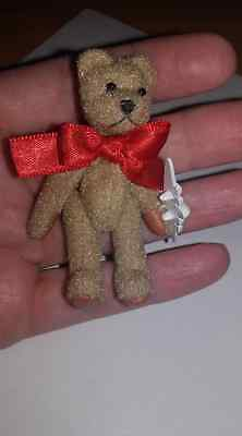 Miniature 7 cm Teddy Bear with Articulated Arms &Legs Glass beads eyes and plane