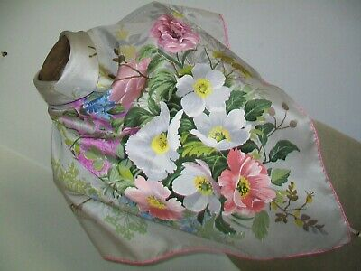 Beautiful Swiss Woven & Hand Printed Floral Design Vintage Silk Scarf