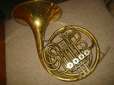"Nice vintage rot.4V  double French horn ""Amati"" needs some service"