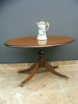 Antique style coffee table / occasional table / centre table