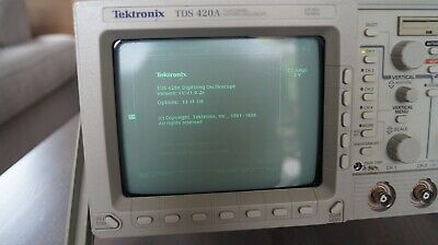 Tektronix TDS 420 A Four Channel Digitizing Oscilloscope 200MHz / 100MS/s