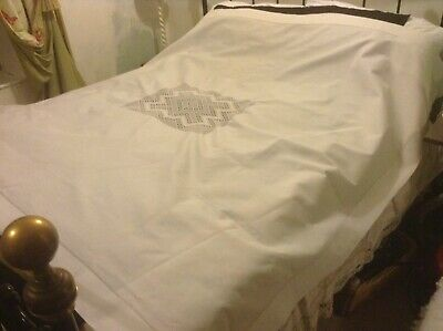 Vintage Large Snowy White Irish Linen Table Cloth Hand Crochet Central Insert